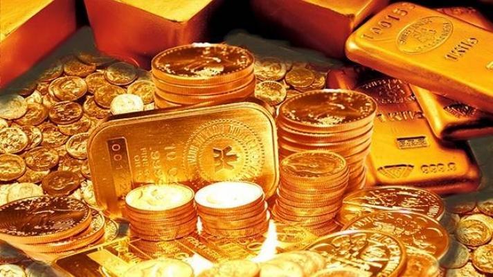Altın, pazar-tatil dinlemiyor!