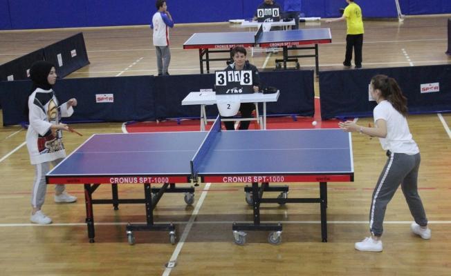 Gölcük Okullararası Masa Tenisi Turnuvası Sonuçlandı