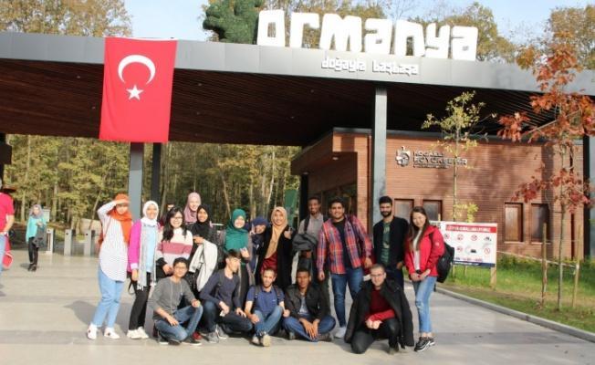 Uluslararası öğrenciler 'Gez Gör'le İzmit'i gezdi