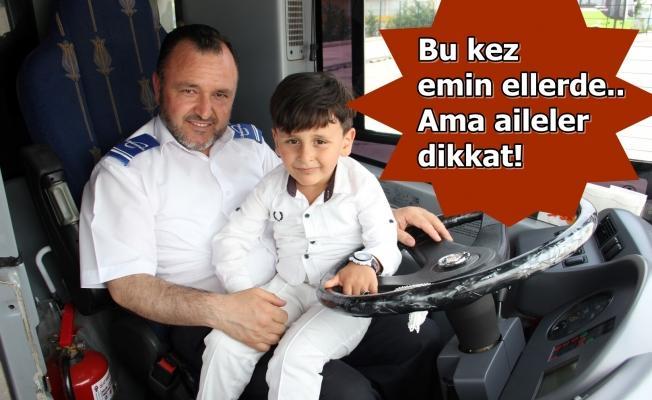 Otobüste unutulan Abdullah ailesine teslim edildi