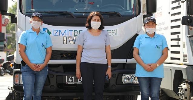 İzmit Belediyesi'nin kadın şoförleri yollarda!