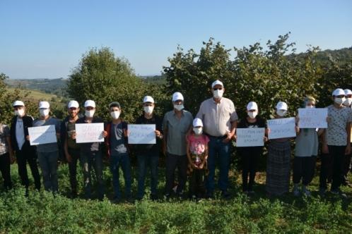 Kandıra'daki mevsimlik işçilere Hürriyet'ten şapka ve maske!