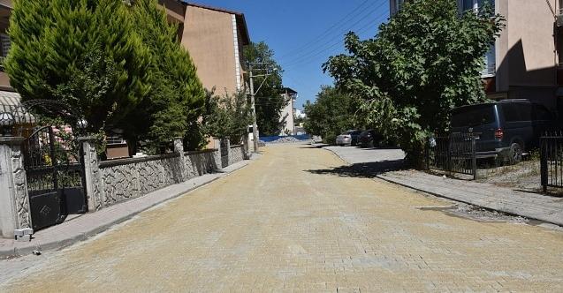Yenişehir'deki Gül Sokak İzmit Belediyesi ile 'gülümse'di!