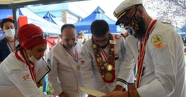 Gastro-İzmit genç şeflerin yarışmasıyla devam etti