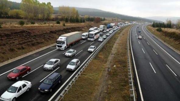 Sürücülerin dikkatine: TEM trafiğe kapatılıyor!