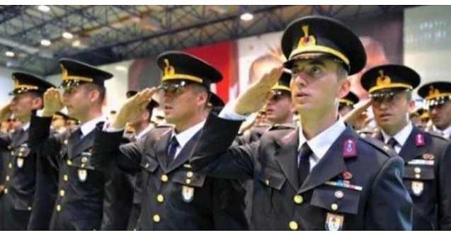 Harp okullarından ve askeri kurslardan Atatürk çıkarıldı!
