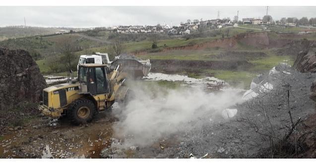 İlimtepe'ye bırakılan atıklar temizlendi