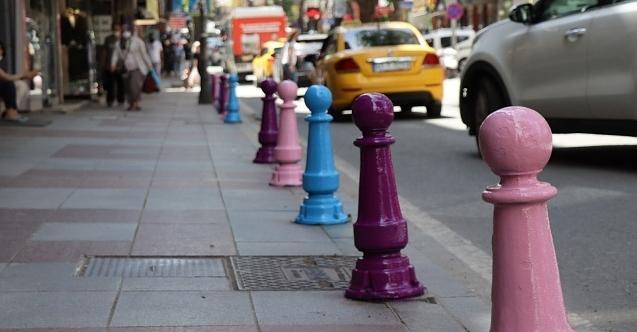 İnönü Caddesi de rengarenk oluyor
