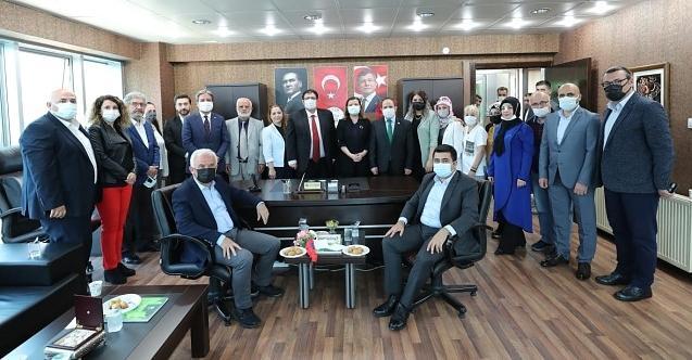 Başkan Hürriyet'ten Gelecek Partisi'ne ziyaret