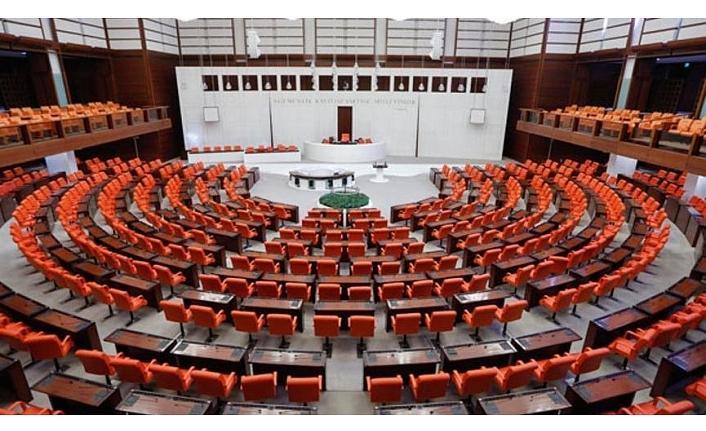 AKP muhalefetin Meclis konuşmalarını da kısıtlamaya hazırlanıyor