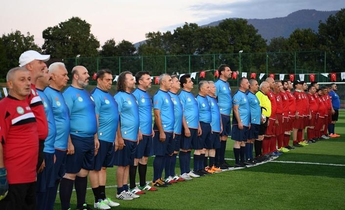 Kartepe'de 'Şöhretler Futbol Turnuvası'