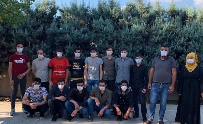 TEM Otoyolu'nda 15 göçmen yakalandı!