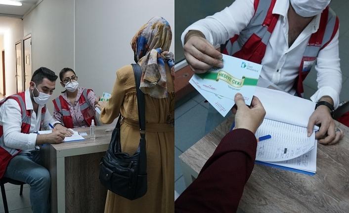 İzmit Belediyesi'nden öğrencilere  kırtasiye çeki desteği