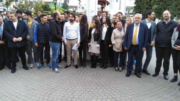 CHP'li gençler andımızı okudu